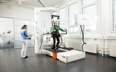 Lokomat improves walking and activity in people with spinal cord injury